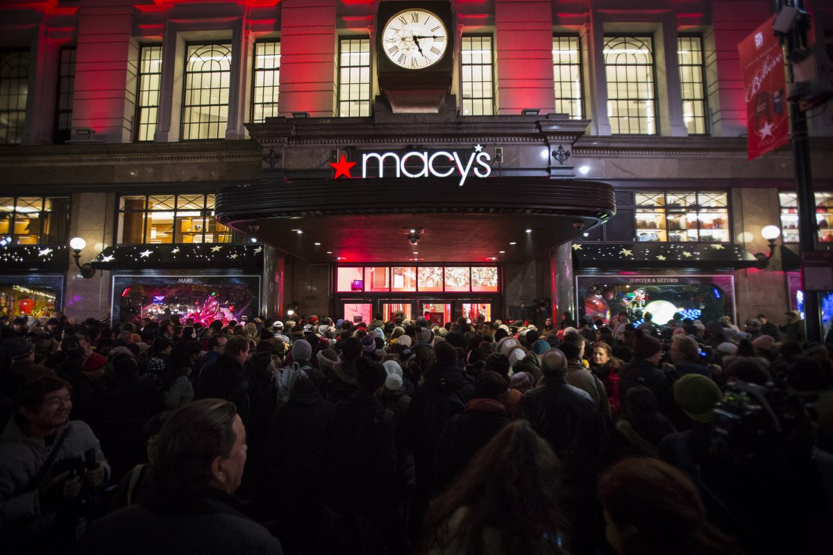 06aeec68 REI VS. Macy's – Black Friday Shaping The Future Of Retail